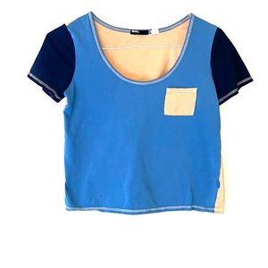 { BDG } Crop T-shirt